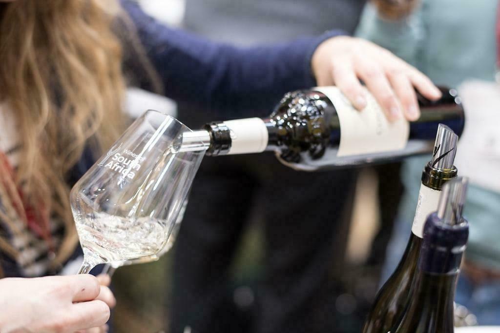 Südafrikas Weinwirtschaft darf wieder exportieren